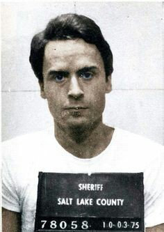 Profili criminali. Ted Bundy, bello, affascinante e assassino seriale
