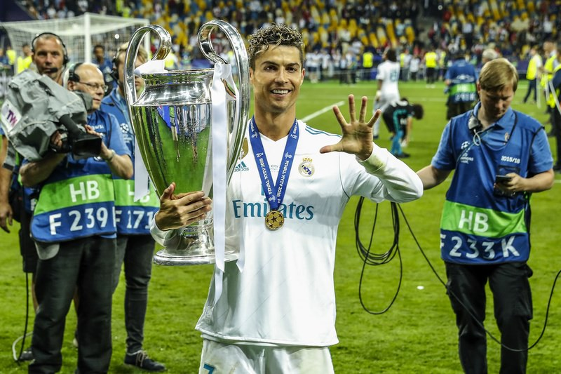 Cristiano Ronaldo e la sua eccessiva, ossessiva bramosia di approvazione da parte deglialtri